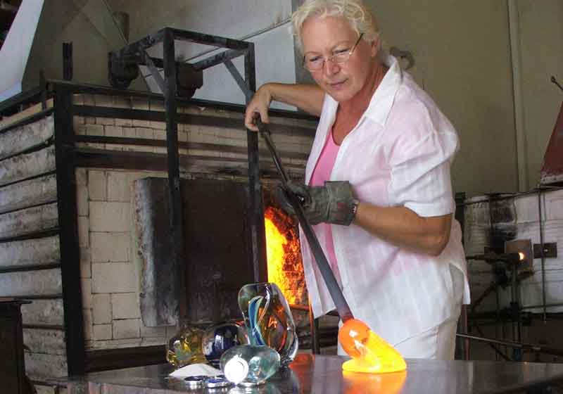 lorna reade in the ashes and glass studio 5